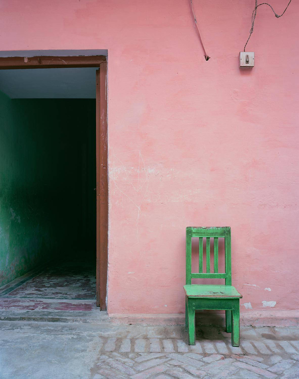 a-pink-dress-untitled-green-chair-2012